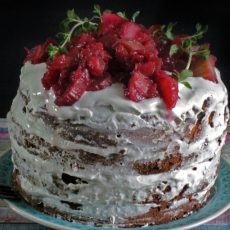 Rhabarber-Kokos Naked Cake, low carb